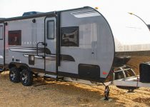 best travel trailers under 6000 lbs